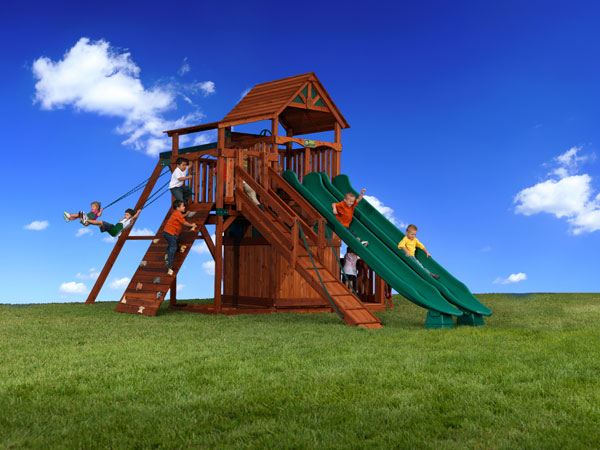 Titan Treehouse Playhouse Package