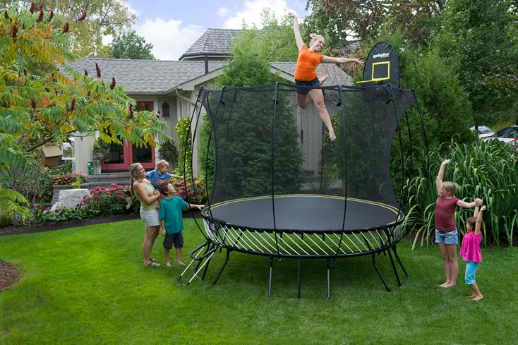 Superbe Springfree Trampolines ...