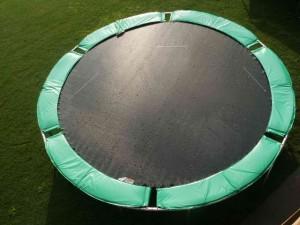 12 ft round magic trampoline